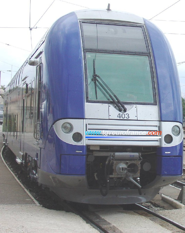 A TER 2N NG railcar operated by the SNCF company