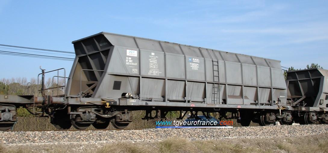 wagonEFb.jpg